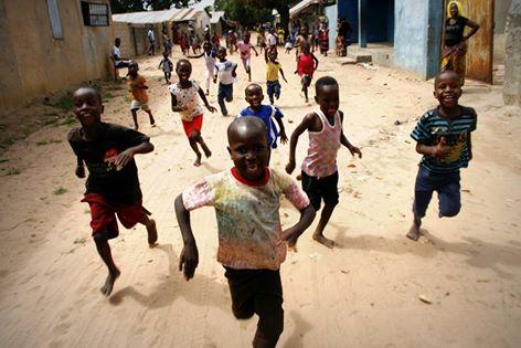 https://www.espanja.org/wp-content/uploads/Gambia_kids-running.jpg