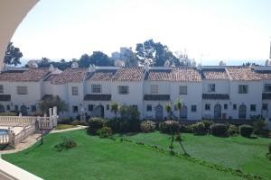 https://www.espanja.org/wp-content/uploads/Townhouse.jpg